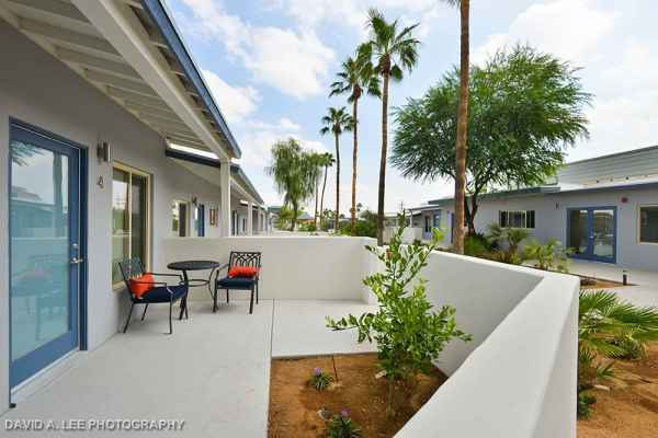 Stonewall Gardens In Palm Springs California Reviews And Complaints