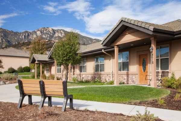 The Palisades At Broadmoor Park In Colorado Springs Co