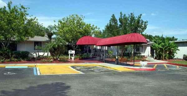 Woodlands Village in Bradenton, FL