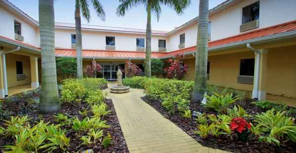 Balmoral Assisted Living in Lake Placid, FL