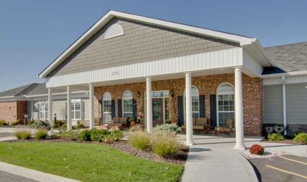 Parkway Gardens, Assisted Living By Americare in Fairview Heights, IL