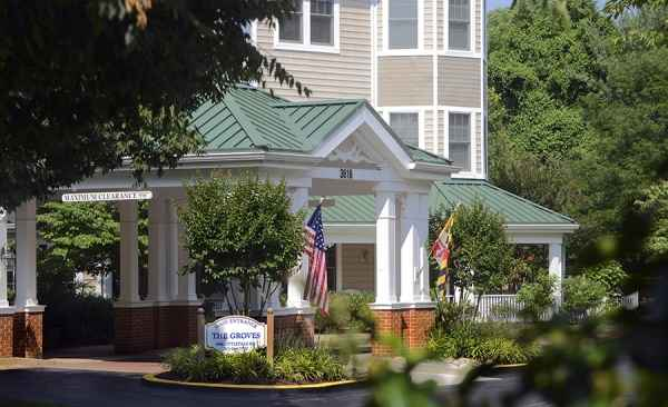 Kensington park senior living community in kensington md for Kensington retirement home