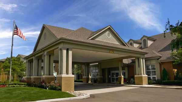 Atria Shorehaven in Sterling Heights, MI