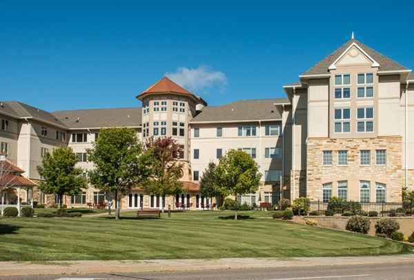 The Wellstead of Rogers and Diamondcrest Senior Living in Rogers, MN