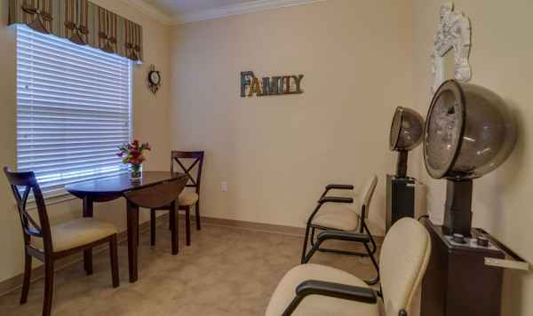Colony Pointe Assisted Living By Americare In Columbia