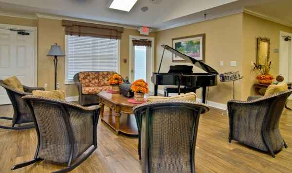 Parkwood Meadows Assisted Living By Americare In Sainte