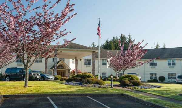 Lakeview Senior Living in Lincoln City, OR