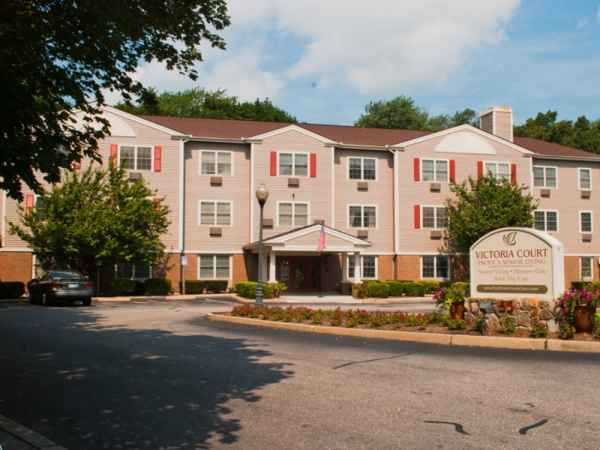 Victoria Court Pacifica Senior Living in Cranston, RI