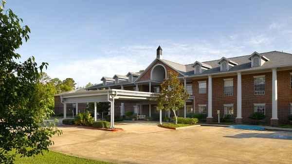 Atria Collier Park in Beaumont, TX