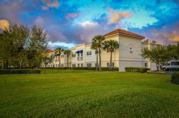 Banyan Place in Boca Raton, FL
