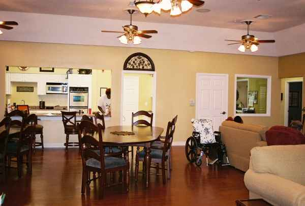 Adult assisted living houston