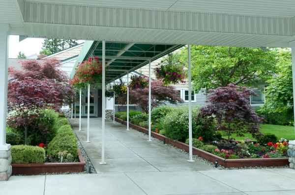 Garden courte in olympia wa reviews pricing photos for Washington gardens memory care