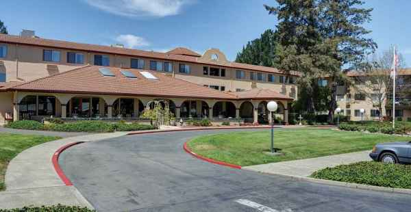 Redwood Retirement Residence in Napa, CA