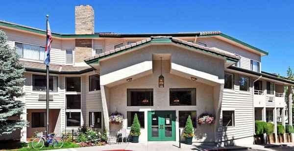 Lakewood Estates in Lakewood, CO