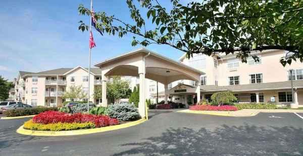 Oxmoor Lodge in Louisville, KY
