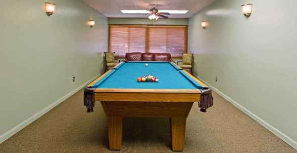 Sterling Place In Southfield Michigan Reviews And Complaints - Sterling pool table