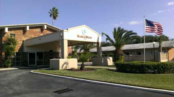 SandalWood Nursing Center in Daytona, FL