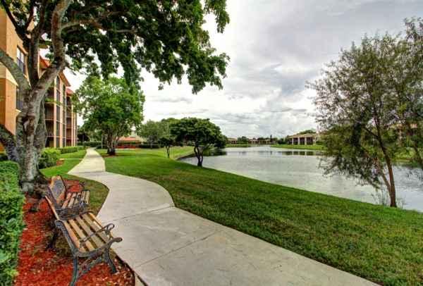 The Horizon Club in Deerfield Beach, FL