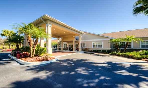Aston Gardens at Tampa Bay in Tampa, FL
