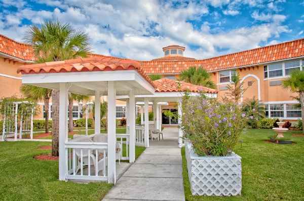 Heron House Assisted Living in Largo, FL