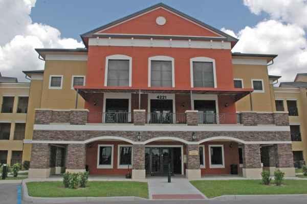 Renaissance Preserve Senior Apartments in Fort Myers, FL