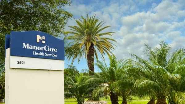 Manorcare Nursing and Rehabilitation Center-Naples in Naples, FL
