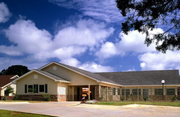 Traceway Retirement Community in Tupelo, MS
