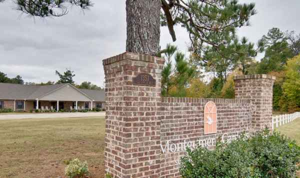 Montgomery Gardens in Starkville, MS