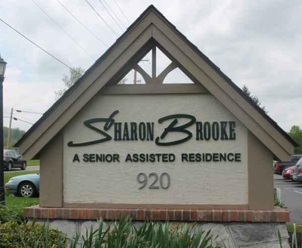 Sharon Brooke Senior Assisted Residence in Newark, OH