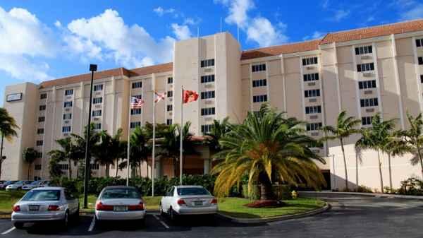 Garden Plaza at Inverrary in Fort Lauderdale, FL