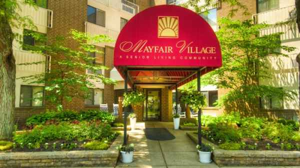 Mayfair Village Assisted and Independent Living Community in Columbus, OH
