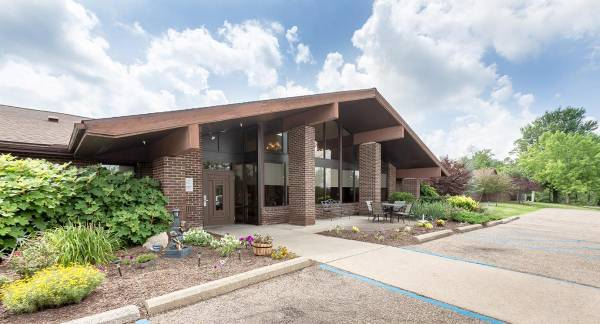 Forest Hill Care Center - St Clairsville, OH