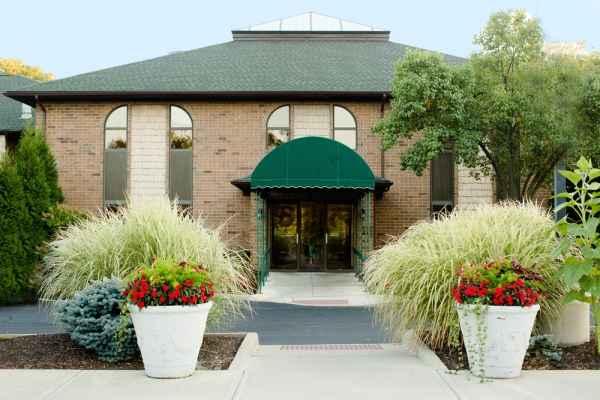 Gardens at Westlake Senior Living in Westlake, Ohio, Reviews and ...
