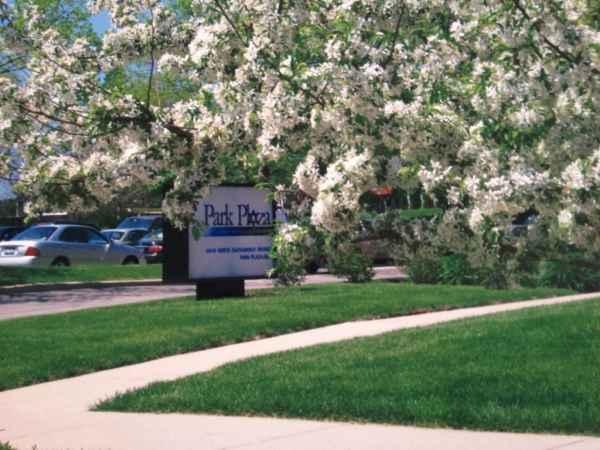 Park Plaza Retirement Center in Chicago, IL