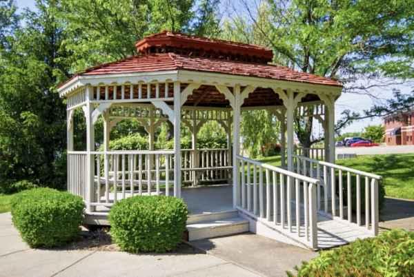 Bell Oaks Place in Newburgh, IN