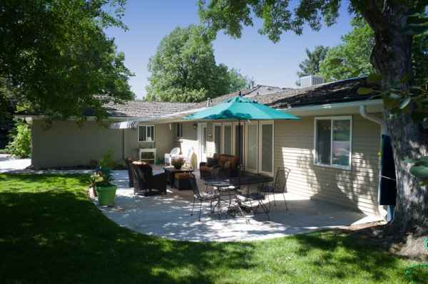 Serenity House Assisted Living Applewood in Lakewood, CO