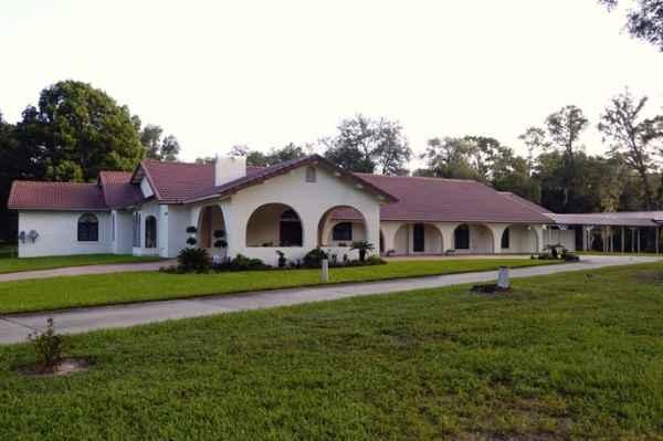 Pendry Estate in Eustis, FL