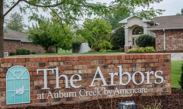 The Arbors at Auburn Creek in Cape Girardeau, MO