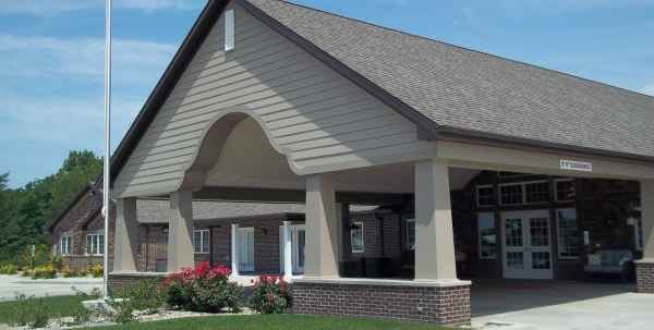 Villas of Hollybrook - Shelbyville in Shelbyville, IL