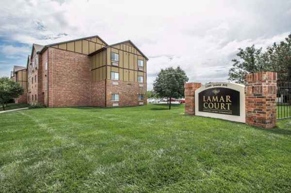 Lamar Court Assisted Living Community in Overland Park, KS