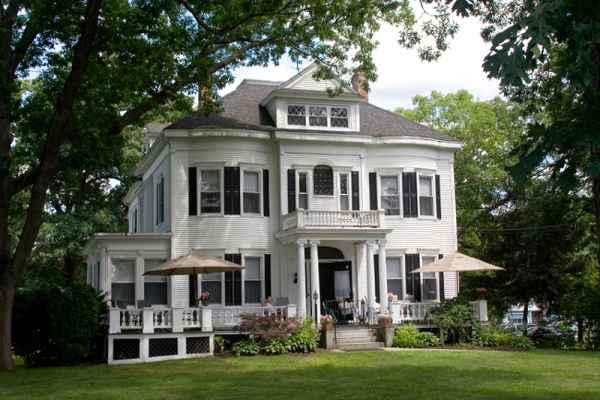 Halcyon House in Methuen, MA
