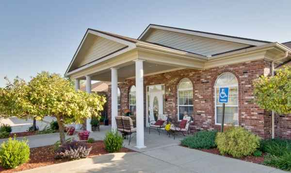 Bluff creek terrace assisted living by americare in for Terrace senior living