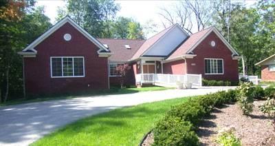 Orchard Lake House in Farmington, MI
