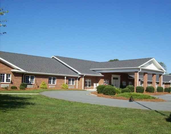 Walnut Ridge Assisted Living in Walnut Cove, NC