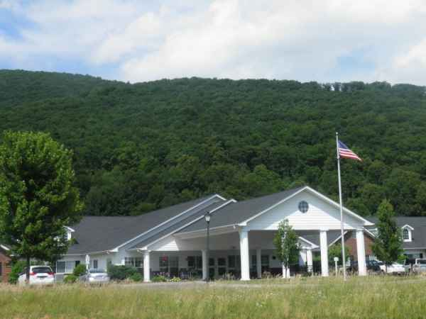 Forest Ridge Assisted Living in West Jefferson, NC