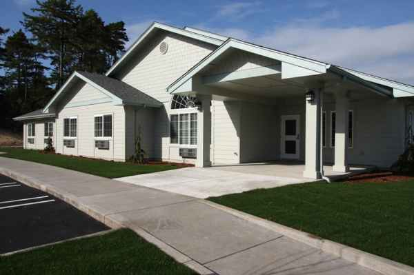 Spruce Point Assisted Living Community in Florence, OR