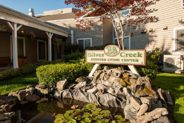 Silver Creek Senior Living in Woodburn, OR