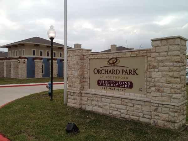 Orchard Park at Southfork in Manvel, TX