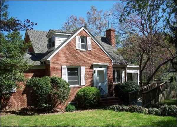 Tapp Family Home in Mechanicsville, VA