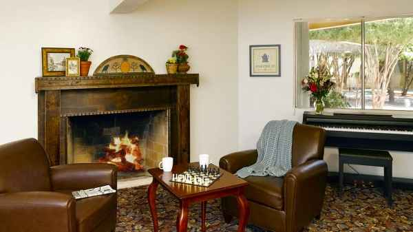 Atria Valley Manor In Tucson, Arizona, Reviews And Complaints |  SeniorAdvice.com